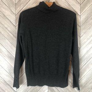 Cable & Gauge Turtleneck Sweater Large